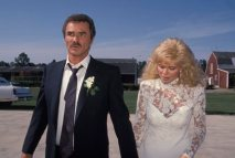 Burt Reynolds and Loni Anderson on their wedding day 1988 © 1988 Mario Casilli